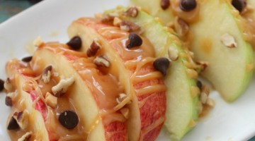Easy Caramel Apple Nachos Recipe