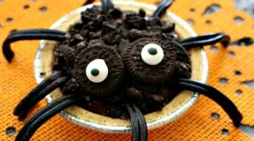 Spider Pudding Pies