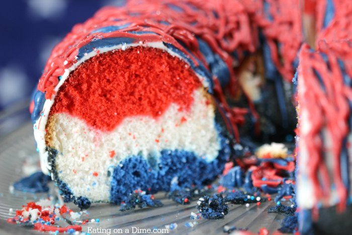 Make this Quick and easy red white and blue cake today! The best 4th of July desserts with the bold vibrant colors. Make this 4th of July cake this year.