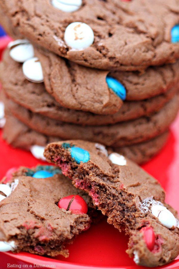 You only need 5 ingredients to make these delicious 4th of July Cake Mix Cookies. These cake mix cookies are one of the best 4th of July desserts.
