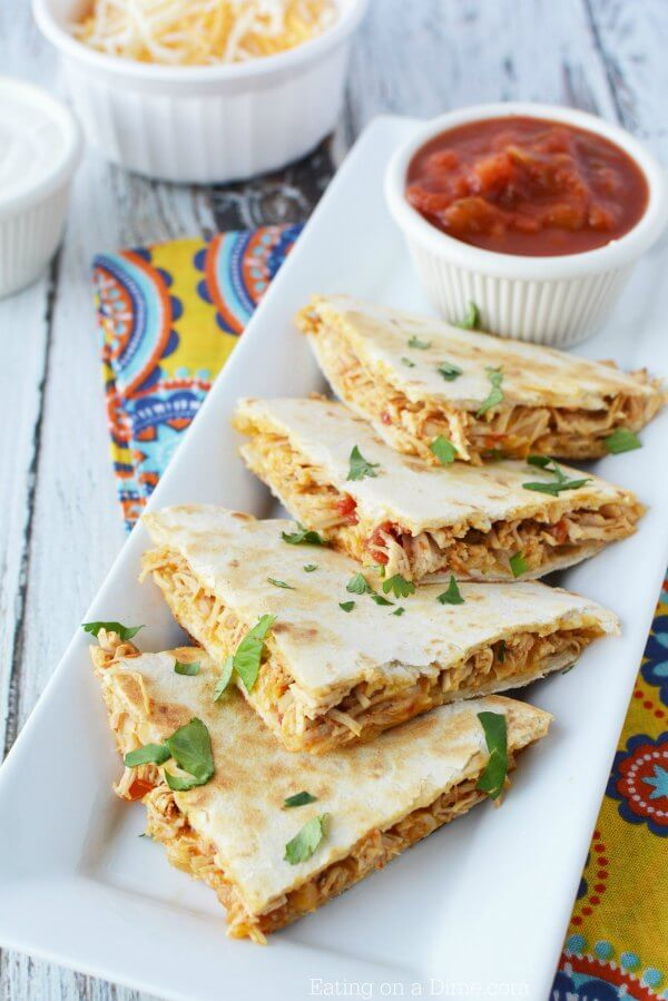 Crockpot chicken quesadilla recipe how to make chicken quesadillas this crockpot chicken quesadilla recipe is so easy and packed with tons of flavor slow forumfinder Gallery