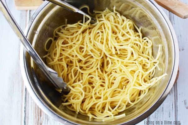 Pasta in bowl.