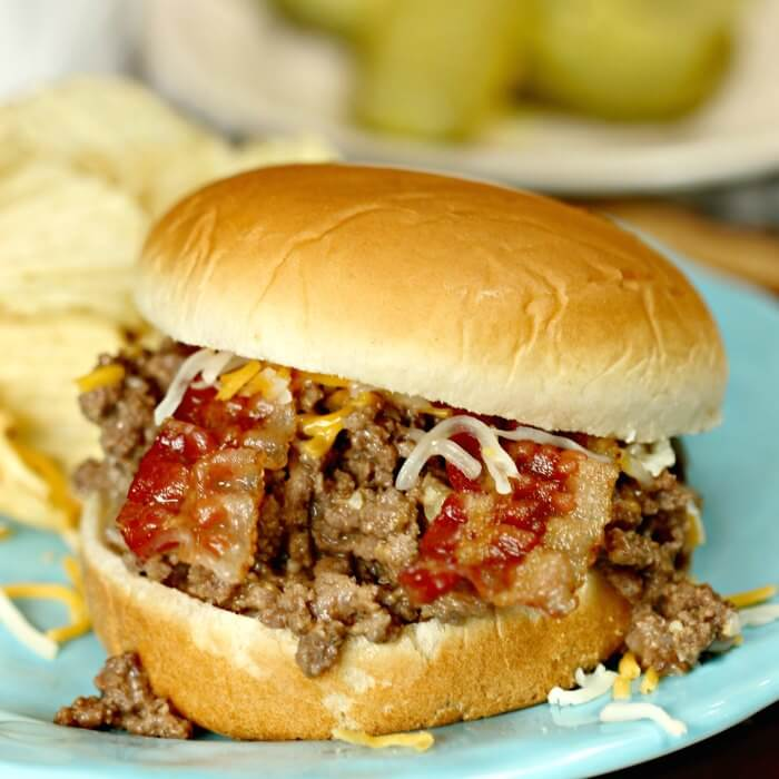 This bacon cheeseburger sloppy joes recipe is a big hit with everyone! You will love easy sloppy joes! This is truly the best sloppy joes recipe. Give Cheeseburger sloppy joes from scratch a try. The bacon and yummy sauce are amazing!