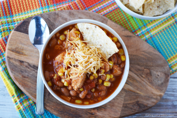 One Pot Tex Mex Chicken Chili Recipe is a one pot meal that makes dinner a breeze. If you love classic chili, your family will love this Tex Mex twist.