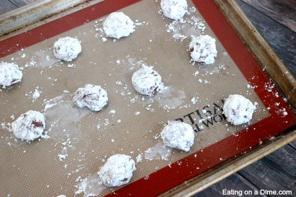This Red Velvet Cookies Recipe is easy to make because you only need 4 ingredients. These are our favorite Red Velvet Christmas cookies. Perfect for a Christmas cookie exchange recipe!