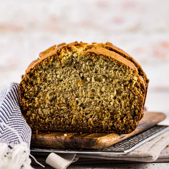 Finally here is a healthy banana bread recipe that actually tastes good. In fact this healthy banana bread recipe tastes amazing! Try this easy recipe.