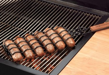 Learn how to grill hot dogs for perfect hot dogs each and every time. Try these tips to get a delicious grilled hot dog everyone will love.