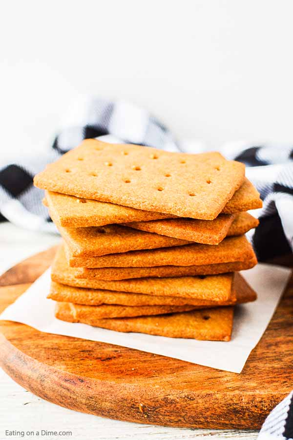 You have to try this fun homemade graham crackers recipe. They are fun and easy to make with the kids. Once you have homemade, you'll never turn back!