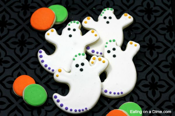 ghost sugar cookies are easy to make
