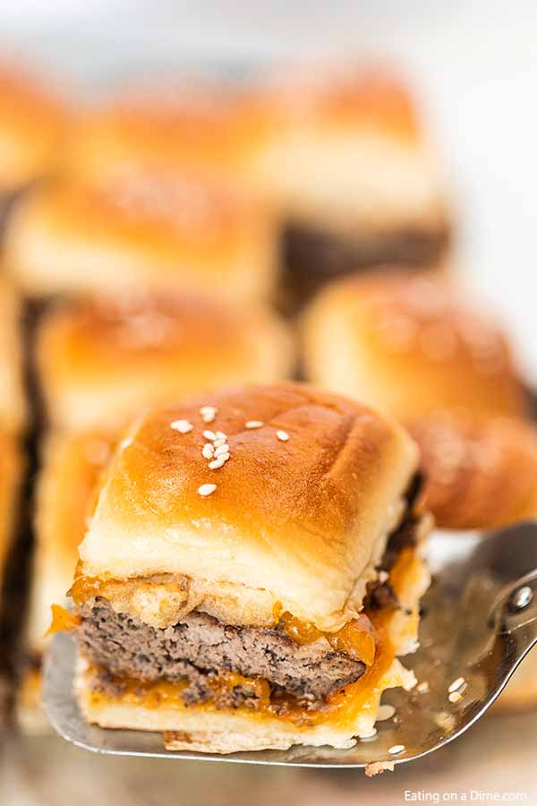 From tailgates to birthday parties and more, this easy burger sliders recipe will be a hit! The recipe is oven baked so it is simple and easy for a crowd.