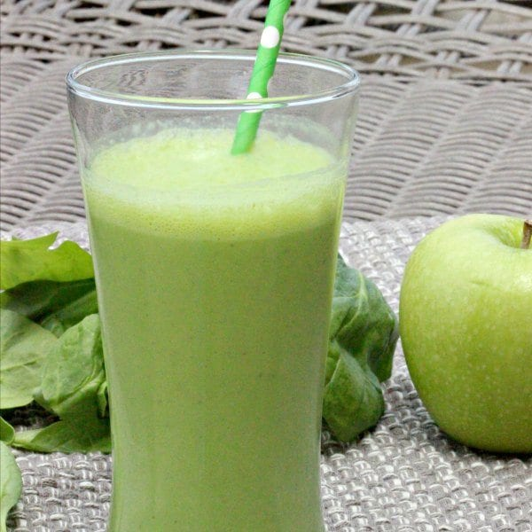 Apple Spinach Green Smoothie Recipe