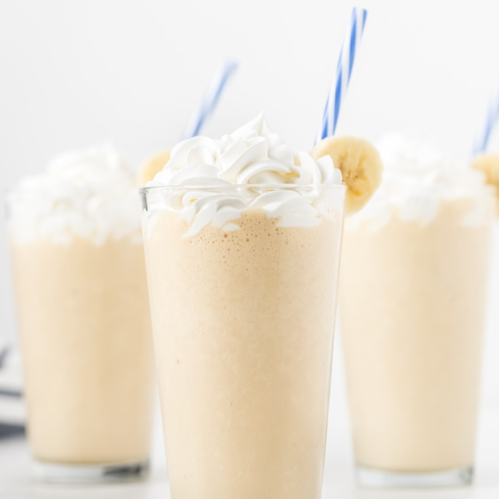 Enjoy this easy peanut butter banana smoothie for a tasty breakfast idea or treat any time of the day. Your kids will love this rich and creamy smoothie.