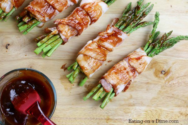 Try this Easy bacon wrapped asparagus recipe. Asparagus wrapped in bacon is easy to make and tastes amazing. Make this in minutes for an easy side dish.