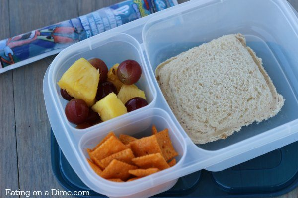 homemade uncrustables - perfect for lunchbox