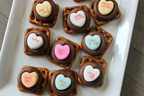 Quick And Easy Valentine S Day Rolo Pretzels Eating On A Dime