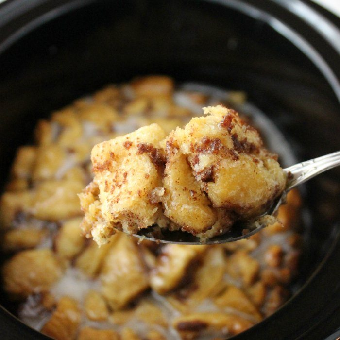 Crock Pot Cinnamon Roll Casserole Eating On A Dime