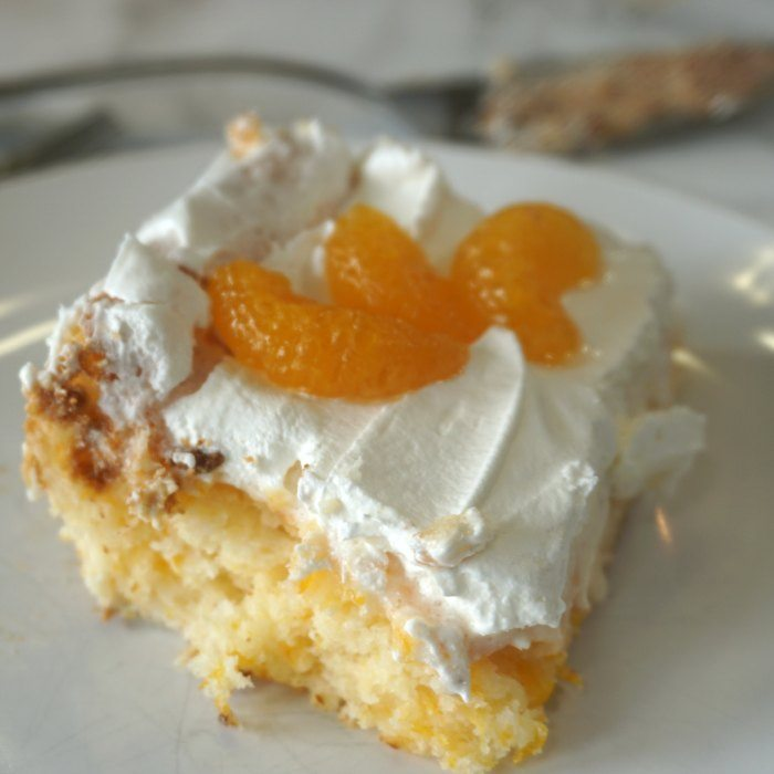 Angel Food Cake With Mandarin Oranges And Pineapple