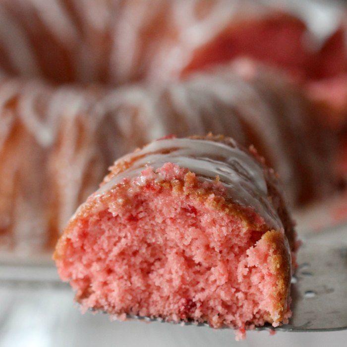 Strawberry cake recipe quick and easy soda cake for Quick and easy cake recipes