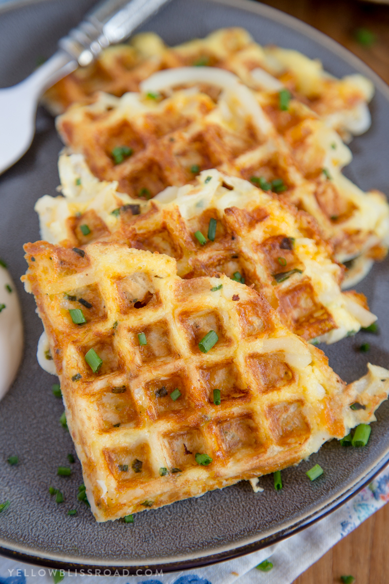 Here are some easy breakfast recipes for busy school mornings. Try one of these 35 of the best back to school breakfast ideas.