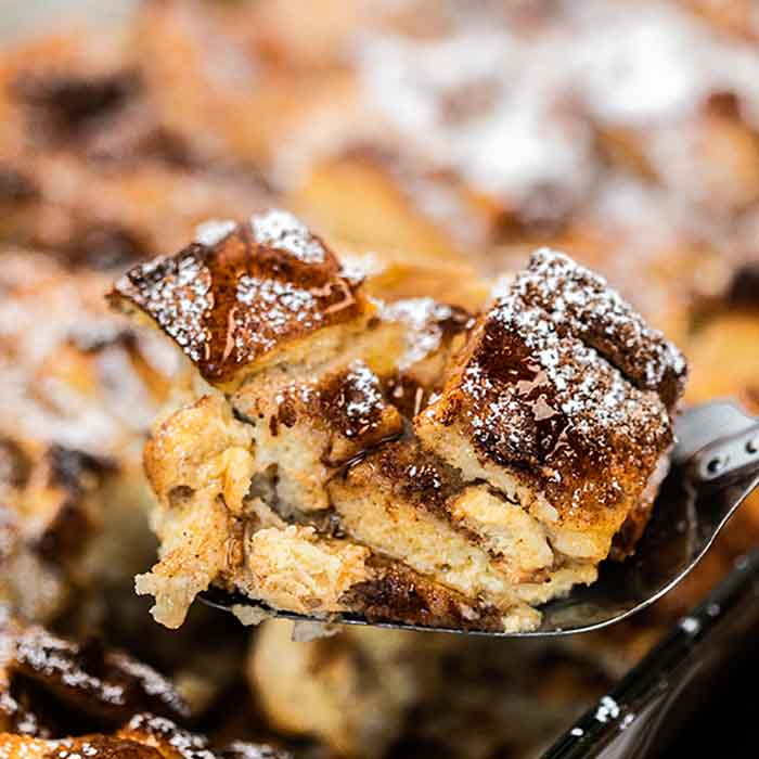 French toast casserole recipe is a delicious overnight breakfast casserole. This recipe is simple enough for busy mornings but perfect for guests.