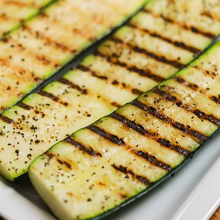 Get the grill ready and make these deliciousGrilled Zucchini Spears. This is the perfect side dish to try for Summer that is easy, tasty and frugal.