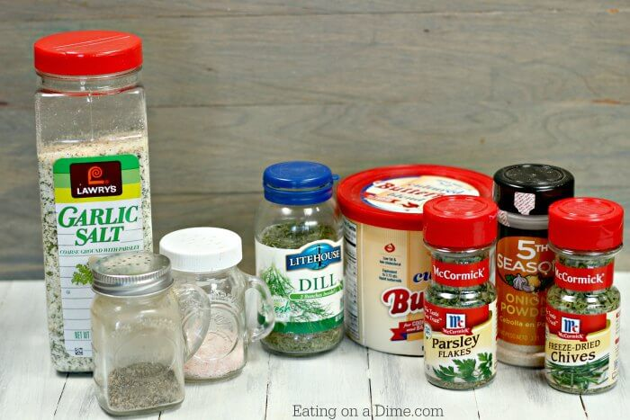 Try this Homemade ranch dressing mix recipe today! This easy and gluten free homemade ranch dip mix can replace any store bought ranch mix!