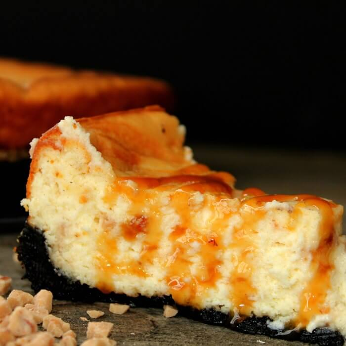 Learn how to make this Easy Caramel cheesecake recipe with oreo crust. It is so decadent. Try this easy caramel cheesecake recipe. Everyone will love it!