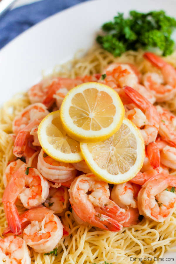 Instant pot shrimp scampi recipe comes together in only 2 minutes thanks to the pressure cooker! Enjoy delicious shrimp scampi in hardly any time at all!