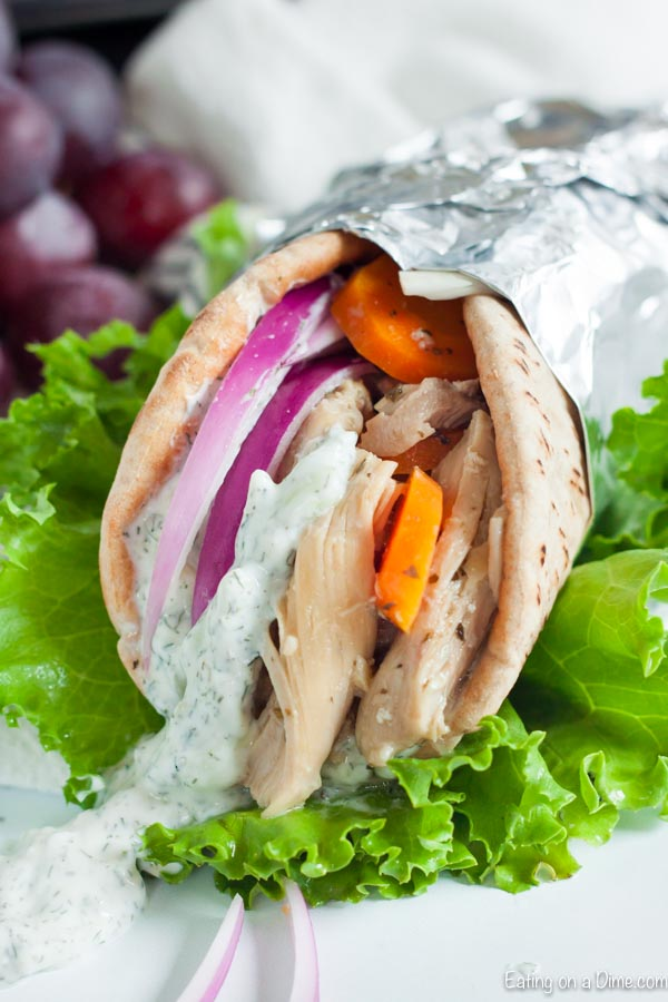 Crock pot chicken gyros recipe has adelicious tzatziki sauce and tons of tender chicken. This is an easy meal packed with flavor.