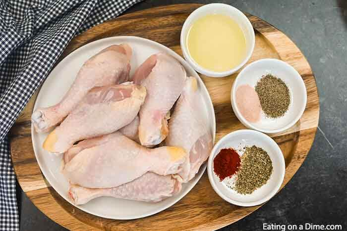 Enjoy flavorful baked chicken legs recipe in minutes thanks to this easy dinner idea. The entire family will enjoy this easy and healthy crispy baked chicken. Learn how to make the best crispy chicken in the oven. Enjoy juicy chicken once you find out what temp to bake this simple recipe. #eatingonadime #bakedchickendrumsticks #Intheovencrispy #IntheovenSimple #howlongto #recipes #OvenEasy #RecipesOven #easycrispy