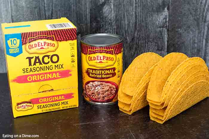 These Baked Chicken Tacos are easy to make with Old El Paso products including their taco seasoning. Everyone loves this Oven Baked Chicken Tacos Recipe! These Easy Oven Baked Chicken Tacos is the best ever healthy taco recipes. These Baked Crispy Chicken Tacos are perfect for a week day dinner or to feed a crowd at a party! #eatingonadime #tacorecipes #chickentacos #bakedtacos #mexicanrecipes