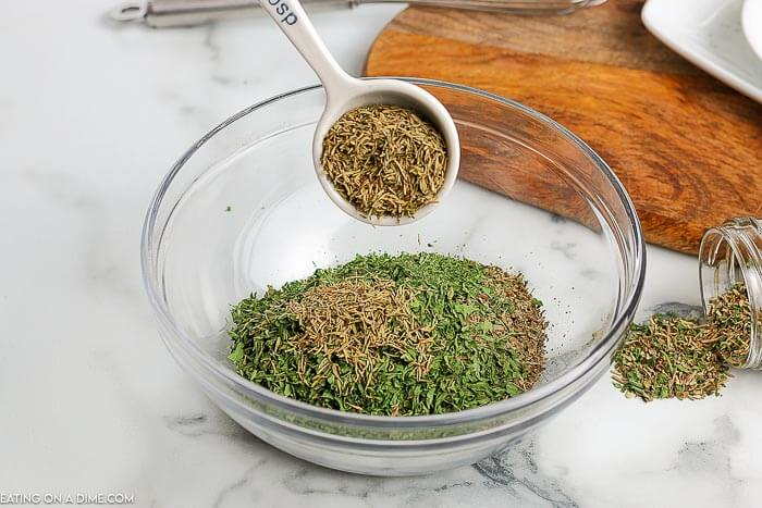 Homemade Italian seasoning is easy to make and saves money. You will love having this to use for anyrecipe that calls for Italian seasoning.