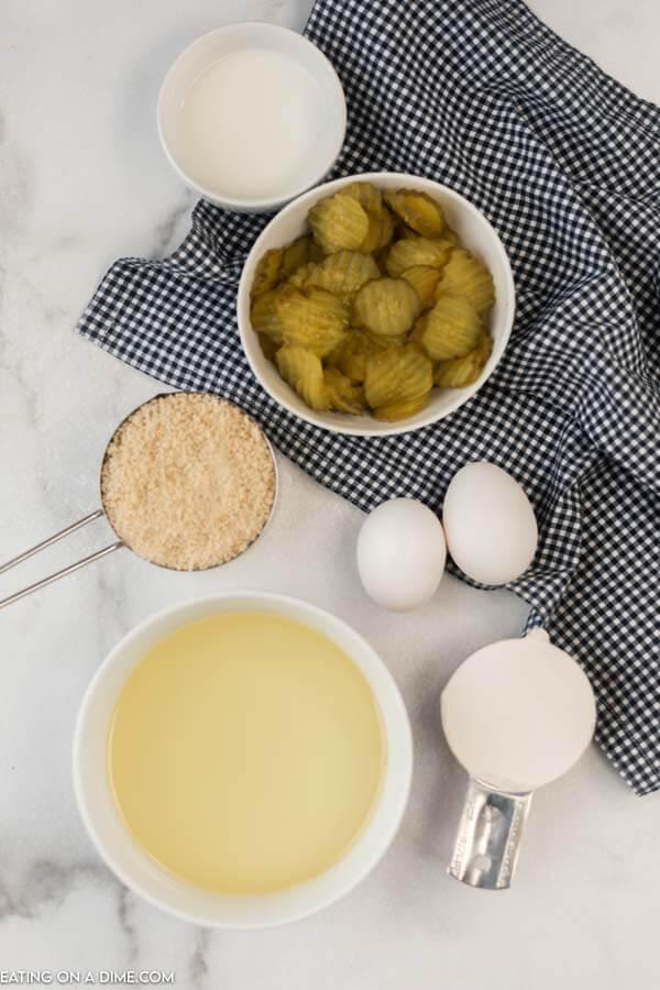 ingredients needed for recipe: pickles, breadcrumbs, eggs, oil