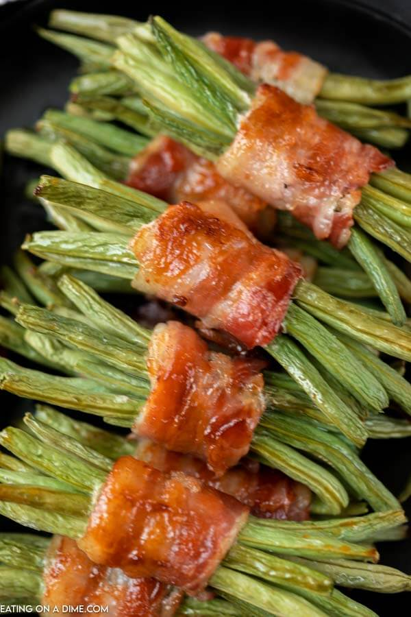 green bean bundles wrapped in bacon