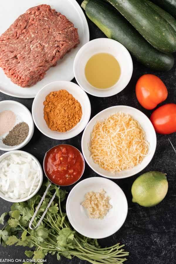 Ingredients to make this crock pot lasagna recipe.