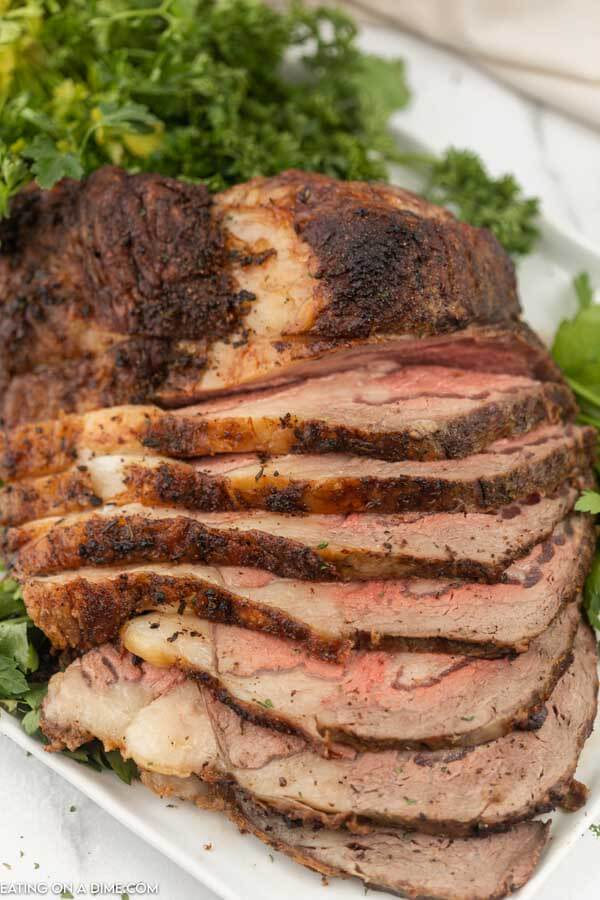 sliced prime rib on a platter