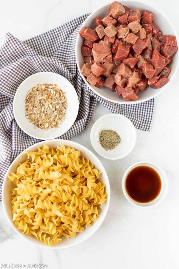 Ingredients for recipe: steak, seasonings, pasta.
