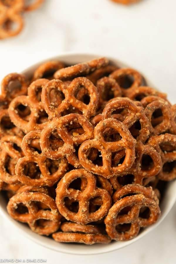 A Large bowl full of garlic ranch pretzels